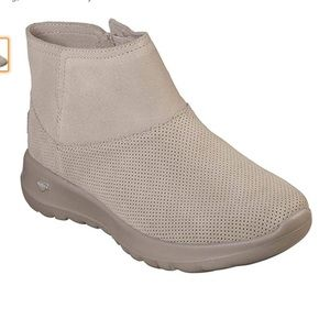 Skechers On The GO Joy Amber Ankle Boots